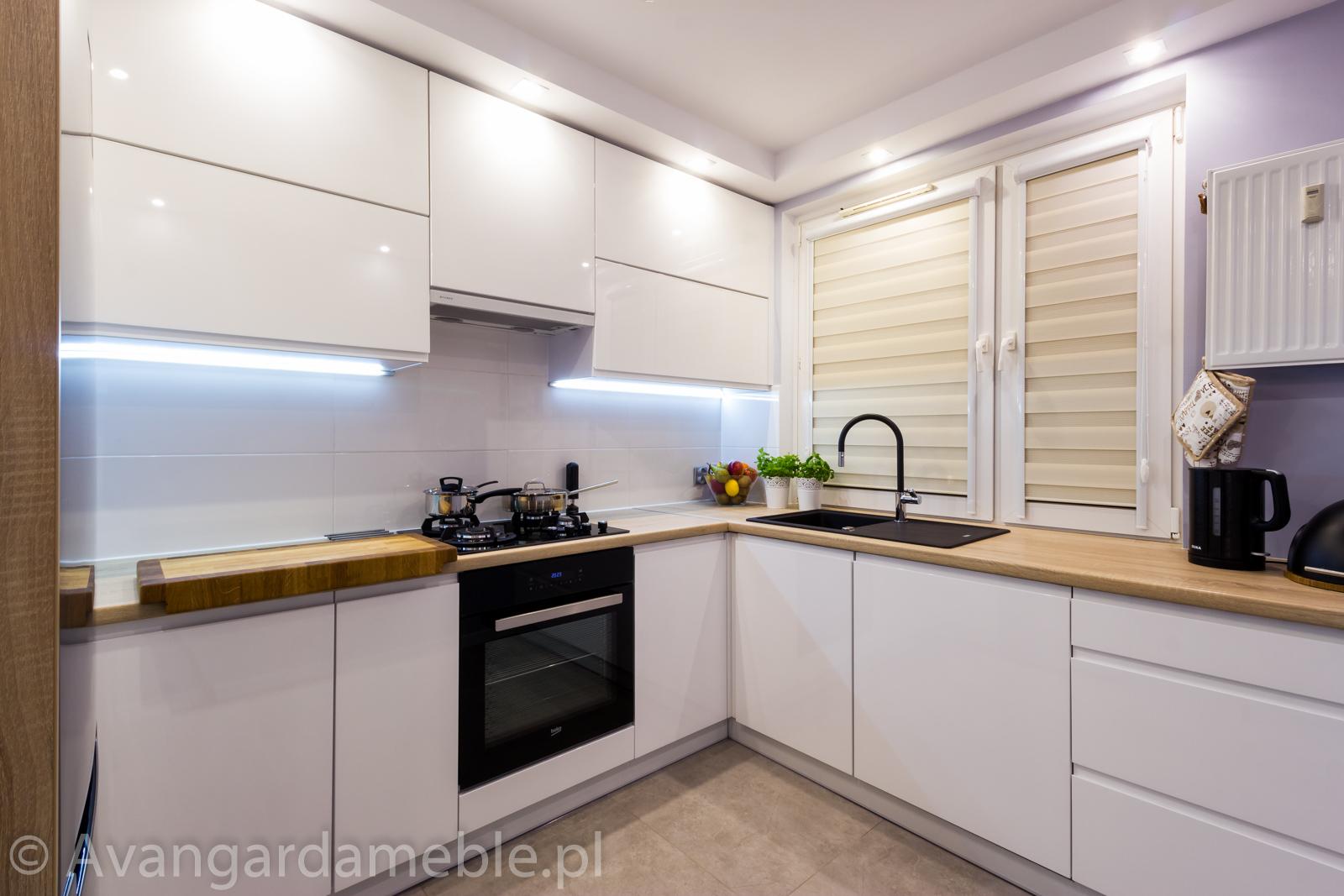 Kuchnia na wymiar w koszalinie, nowoczesne wnętrze  Meble na wymiar Avangar   -> Kuchnia Do Zabudowy Z Plytą Gazową Na Szkle