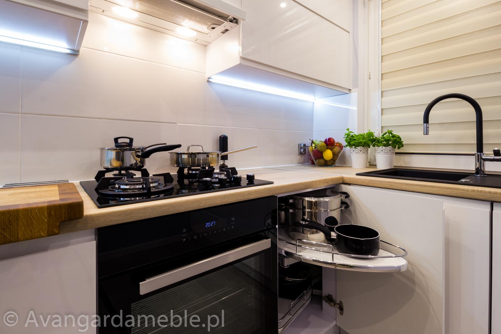 kuchnia na wymiar w koszalinie nowoczesne wnętrze